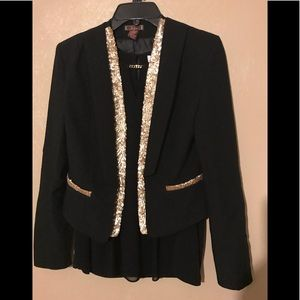 DmBm XS black jacket with gold sequin trim